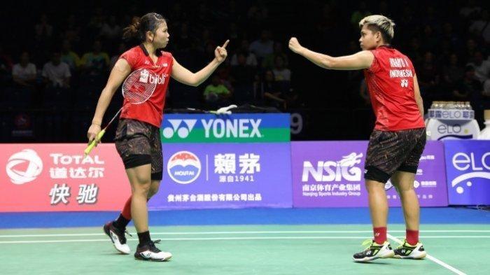 Pasangan ganda putri Indonesia, Greysia Polii/Apriyani Rahayu, saat menjalani laga perempat final Kejuaraan Dunia 2018, di Nanjing Olympic Sports Centre, China, Jumat (3/8/2018).
