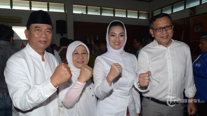Pasangan Rasiyo-Lucy Yakin Tumbangkan Risma di Pilkada Surabaya
