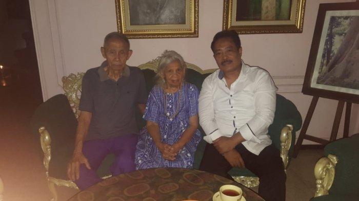 Pasangan Suami-Istri Renta HJ. Aminah (84) tahun dan H. Inayat didampingi Bambang Slamet Riyadi (Dosen Kriminlog Hukum Pertahanan dan Viktimilogi Fakultas Hukum Universitas Nasional Jakarta sekaligus Penasihat Hukum Pidana).