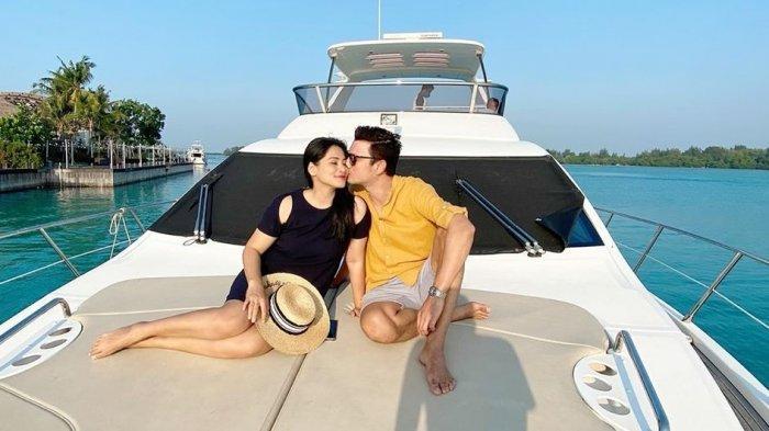 Titi Kamal Sekeluarga Liburan ke Kepulauan Seribu, Nginap di Villa dan Keliling Naik Yacht Mewah