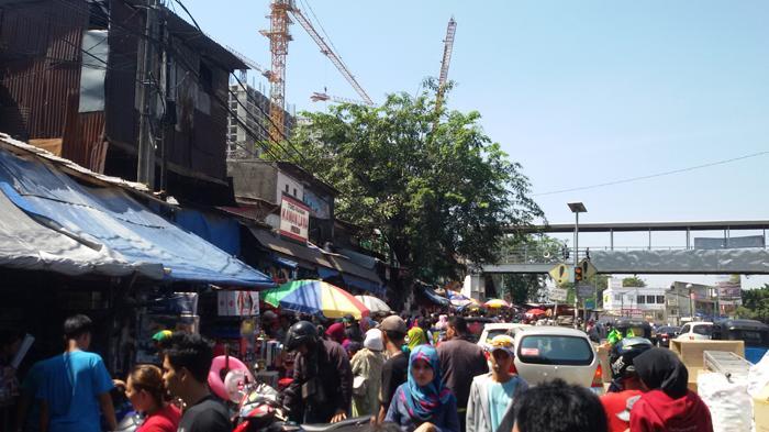 Pasca Lebaran, Pasar Mainan Gembrong Diserbu Pembeli