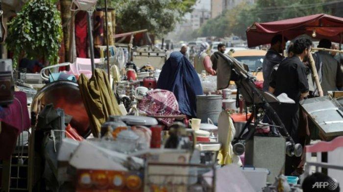 Pasar di lingkungan barat laut Khair Khana di Kabul.