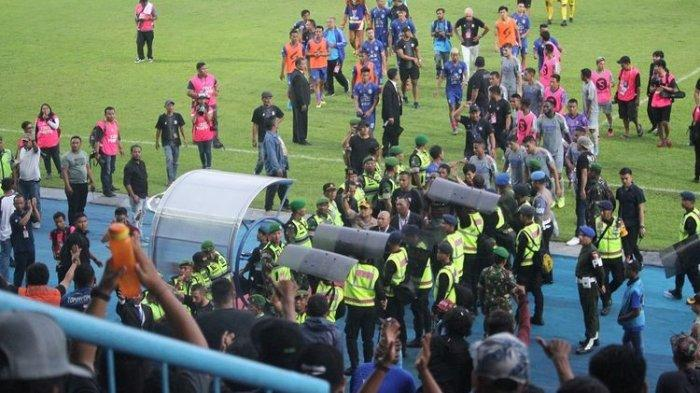 Pasca Arema FC vs Persib, Aremania Tepuk Tangan dan Beri Jempol untuk Skuat Maung Bandung