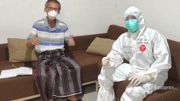 Tim psikolog TNI AD Kapten Didon berkunjung dan berbincang dengan pasien di RS Darurat Wisma Atlet, Kemayoran, Selasa (5/5/2020). Wisma Atlet Kemayoran telah dialihfungsikan menjadi RS Darurat Covid-19, setelah pandemi Virus Corona mendera Indonesia. TRIBUNNEWS/HO