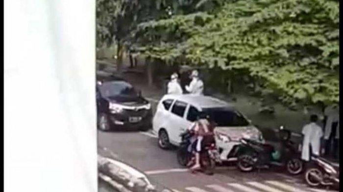 Pasien Covid-19 mencoba kabur dari Rumah Sakit Umum Daerah dr Saiful Anwar Kota Malang.