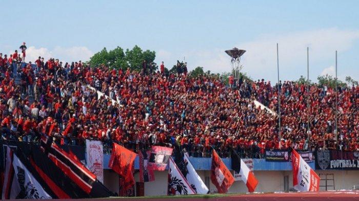 Koreografi Spesial dari Pasoepati di Laga Persis Solo vs Persib Bandung