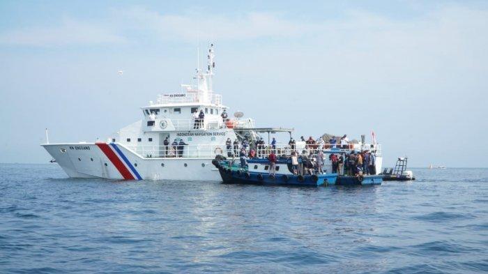 Bukan Cuma di Darat, Pemudik Naik Kapal Nelayan Juga Diminta Putar Balik, Bahkan Ada yang Coba Kabur