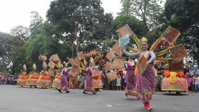 Pawai Budaya hingga Tampilnya Gubernur Jakarta Terpilih akan Warnai Puncak HUT Kota Bogor - pawai-budaya-kota-bogor_20170714_175135.jpg