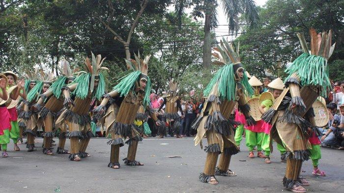 Pawai Budaya hingga Tampilnya Gubernur Jakarta Terpilih akan Warnai Puncak HUT Kota Bogor - pawai-budaya-kota-bogor_20170714_175244.jpg