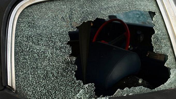 Pecahkan Kaca Mobil, Pencuri Gondol Uang Tunai Rp 271 Juta