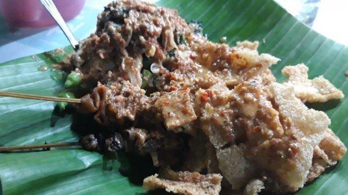 Nasi Pecel Mbok Sador, Kuliner yang Wajib Dicoba saat Berkunjung ke Semarang