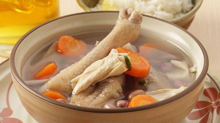 Cara Membuat Sup Ayam dengan Kaldu Gurih, Ikuti 2 Tips Berikut Ini