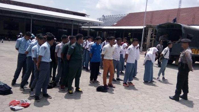 20 Pelajar Terjaring Razia Satpol PP di Depok, Nongkrong di Warnet saat Jam Belajar
