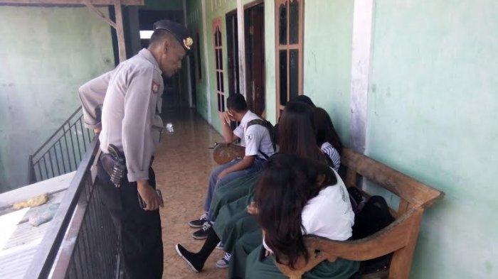Belasan Pelajar Indehoy di Dalam Kos, Polisi Temukan Kondom Bekas
