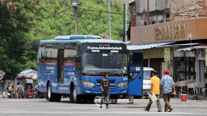 UPDATE Hari ke-4 PSBB di DKI Jakarta: Penumpang KRL Dibatasi hingga Aturan Ojol Boleh Bawa Penumpang