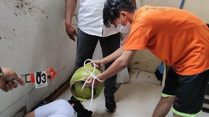 Kasus Adik Bunuh Kakak di Depok, Pelaku Peragakan 20 Adegan dalam Pra Rekonstruksi