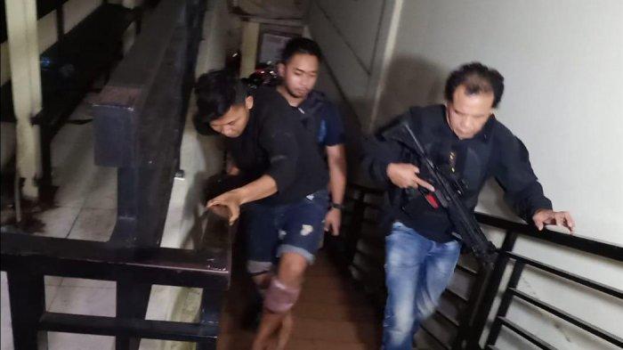 Polisi Buru Satu Buron lagi Perampok Ojek Online di Palmerah