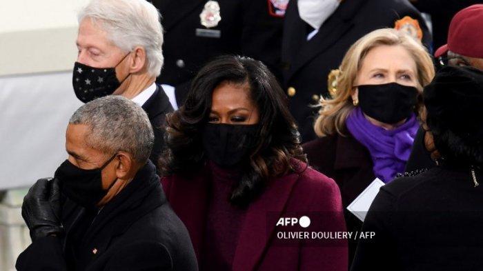 Bill Clinton Tampak Tertidur Selama Pidato Pelantikan Joe Biden