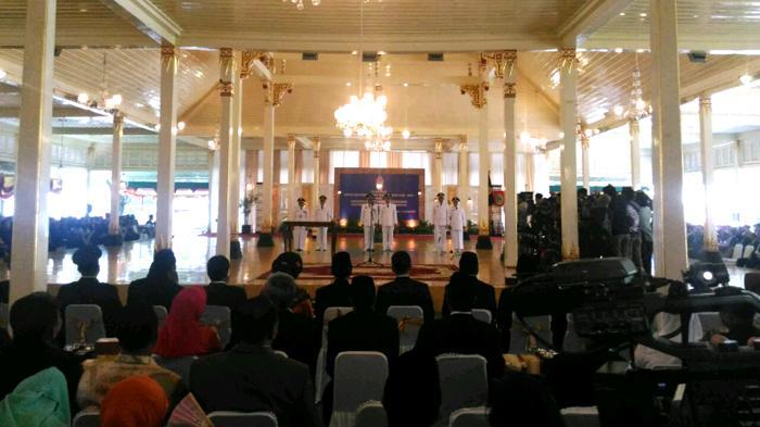 Sri Sultan Minta Tiga Bupati dan Wakil Bupati Baru Kerja Cepat untuk Kepentingan Rakyat