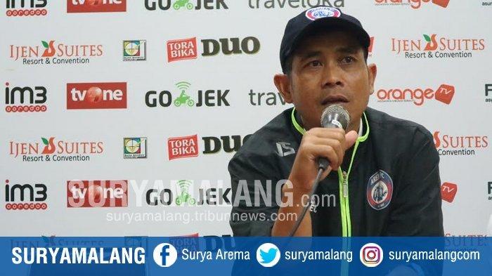 Pelatih Arema FC Tertantang Membawa Timnas Indonesia Berprestasi