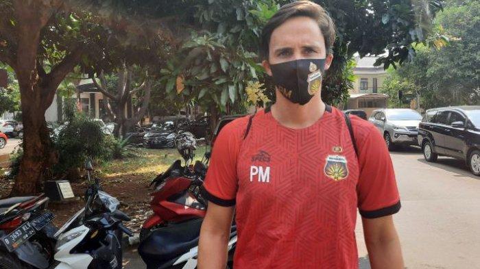 Pelatih Bhayangkara FC, Paul Munster saat ditemui setelah memimpin latihan Bhayangkara FC di Stadion PTIK, Kebayoran Baru, Jakarta, Senin (31/8/2020).