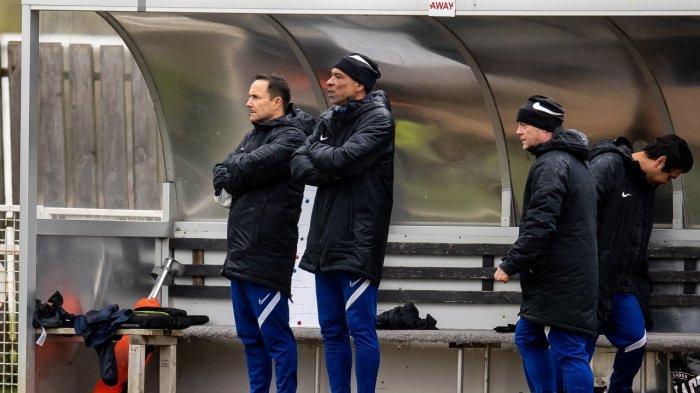 Laga Sengit Garuda Select III Vs Leeds United U-18 Bertabur 14 Gol, Dennis Wise Mencak-mencak