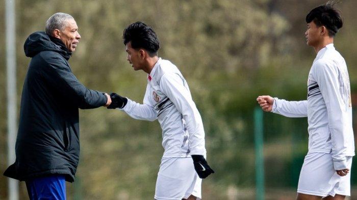 Pelatih Kiper Garuda Select Akui Kelebihan Swindon Town yang Jadi Lawan Garuda Select