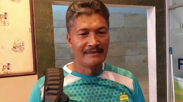 Pelatih Kiper Persib Bandung, Gatot Prasetyo.