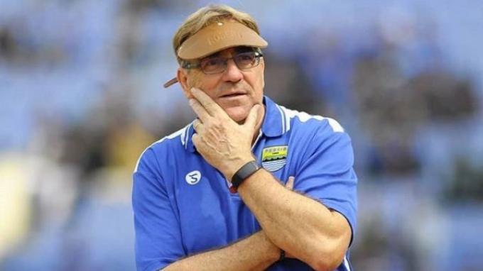 Pelatih Persib Bandung: Panggil Saya Robert Alberts Saja