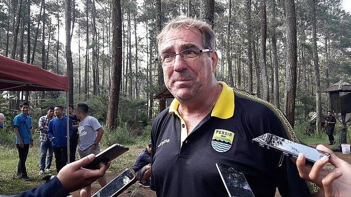 Pemain Persib Bandung Tak Saling Sapa di Kamar Ganti, Berubah Setelah Kegiatan Ini