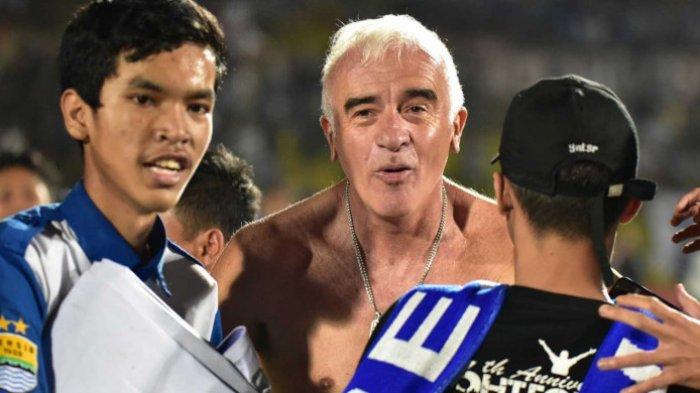 Persib Bandung tak Perpanjang Kontra Roberto Carlos Mario Gomez, Bobotoh Bertanya