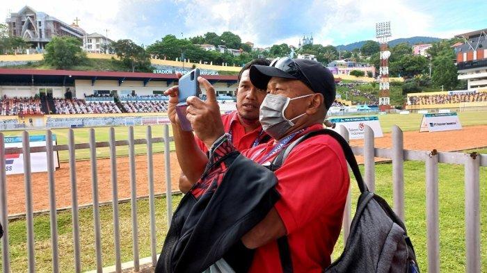 Pelatih sepakbola Aceh, Fakhri Husaini