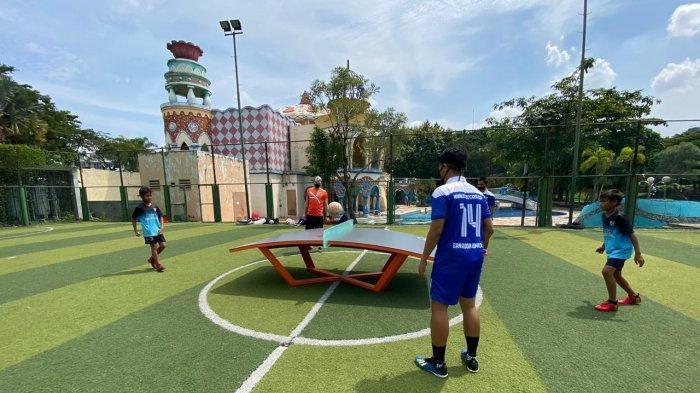 STC Soccer School Minta Program Latihan Teqball dari Pelatih Hungaria Bence Forgacs