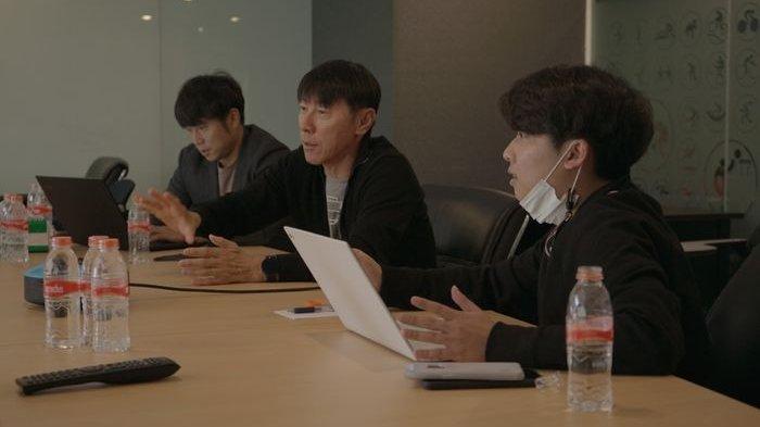 Minum Teh dan Ngobrol Bersama Asnawi, Shin Tae-yong Beri Kisi-kisi agar Sukses di K-League