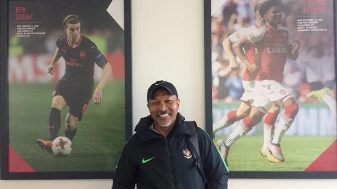 Pelatih Timnas U-19 Fakhri Husaini di Akademi Arsenal, London, Inggris, Kamis (2/5/2019).