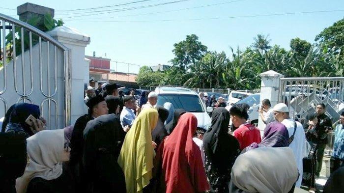 Suasana rumah duka Dian Djuriah Rais di Petukangan Selatan, Pesanggrahan, Jumat (29/3/2019).