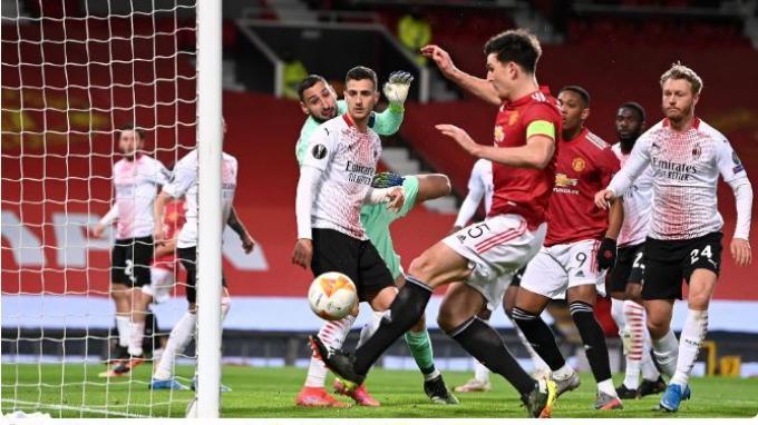 LINK Nonton di HP, Live Streaming SCTV AC Milan vs Manchester United Liga Eropa