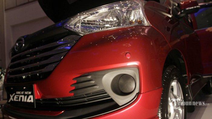 PT Astra Daihatsu Motor (ADM) meluncurkan Daihatsu Great New Xenia, di Jakarta Pusat, Rabu (12/8/2015). Great New Xenia yang merupakan generasi ketiga dari Daihatsu Xenia diluncurkan dengan tiga kelebihan utama, yaitu lebih stylish, lebih efisien dan bertenaga, serta lebih nyaman. TRIBUNNEWS/HERUDIN