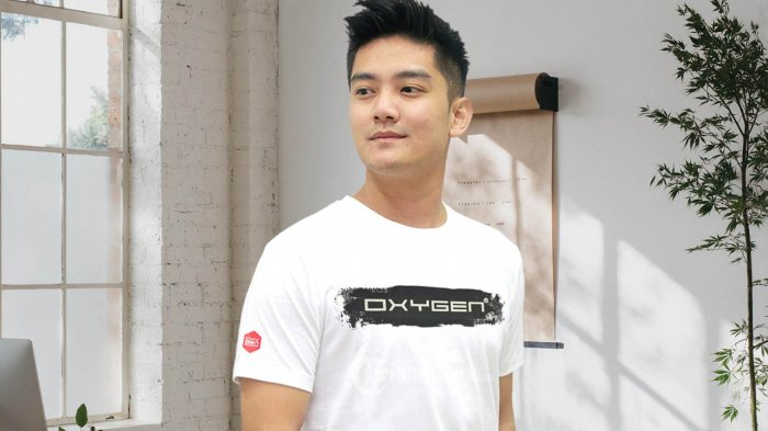 Dalam acara louncing peluncuruan T-shirt terbaru sebagai prodak unggulan Oxygen Denim di Jakarta Selasa, (3/11/2020). Boy William menyatakan Oxygen Denim merupakan produk yang dipakai banyak orang termasuk kaum milenial dan Oxygen Denim brand baru yang secara kualitas sangat bagus, nyaman di pakai. TRIBUNNEWS.COM/IST