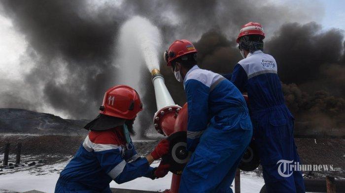 Komisi VII DPR: Alasan Pertamina Sebut Kebakaran Kilang Balongan Akibat Petir, Konyol