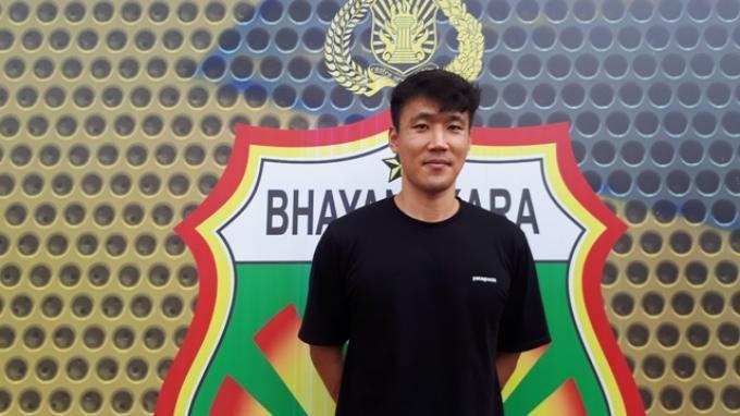 Pandemi Virus Corona, Bek Bhayangkara FC Asal Korsel Terpikir Ajak Ortu ke Indonesia