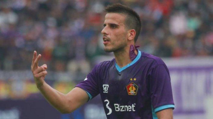 Pemain asing Persik Kediri, Ante Bakmaz
