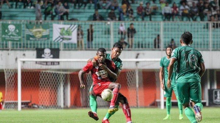 RESMI, Top Skor Piala AFF U-22 2019 Marinus Wanewar Gabung ke Persis Solo