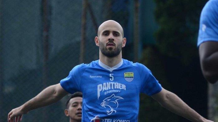 Mesin Baru Persib Bandung, Duo Marc Klok-Rashid Jadi Andalan Robert Alberts