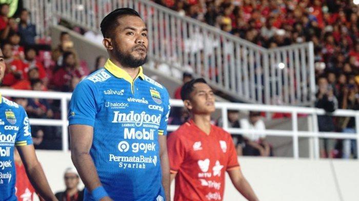Pemain Persib Bandung, Zulham Zamrun ketika melawan Persis Solo