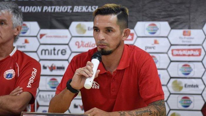 Pemain Persija Jakarta, Silvio Escobar, bertekad mencetak gol ke gawang Kalteng Putra