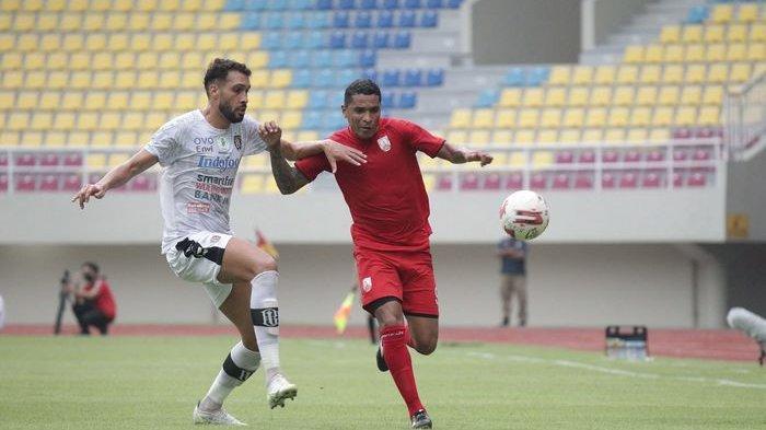 Tiga Hal Tak Lazim yang Terjadi di Laga Persis Vs Bali United, Ada Layangan Masuk Lapangan