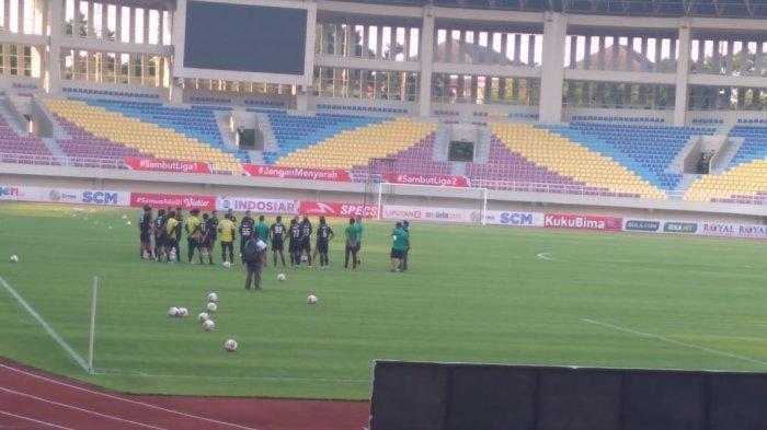Baru Tiba Hari Ini, PSS Sleman Tancap Gas Uji Coba Stadion Manahan Solo
