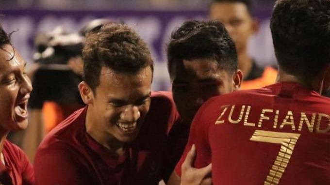 pemain-timnas-indonesia-u-23-syahrian-abimanyu-egy-maulana-vikri-asnawi-mangkualam-zulfiandi.jpg