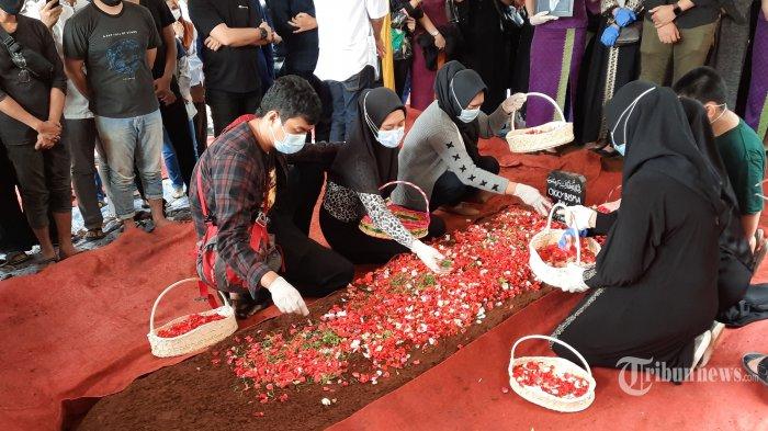 TERKINI Daftar 40 Korban Sriwijaya Air SJ 182 yang Teridentifikasi, Ada Grislend Gloria Natalies